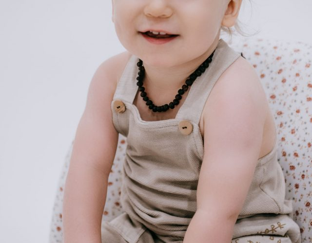 raw black amber teething necklace and bracelet for baby